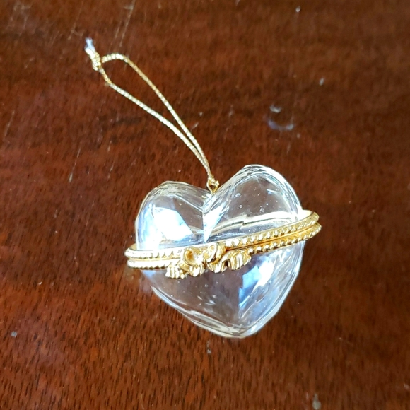 Clear Resin Heart Box - Locket